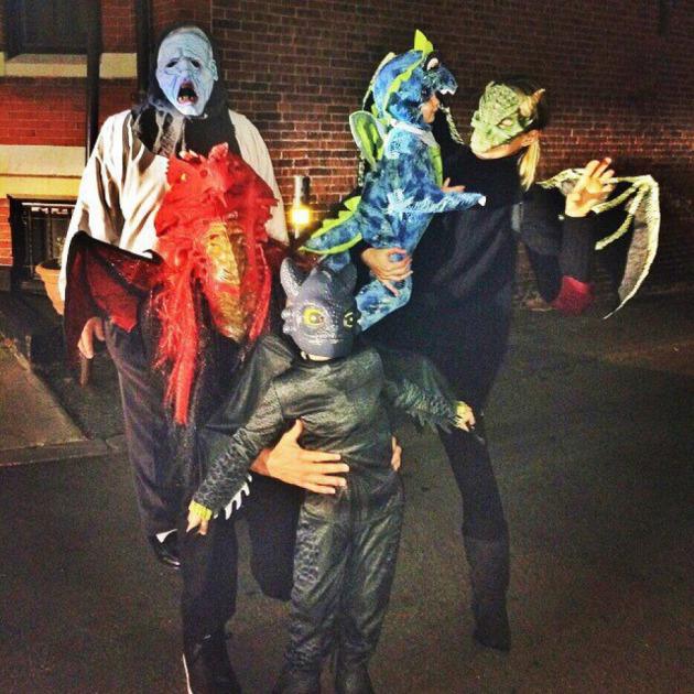 Los mejores disfraces de los famosos en Halloween, del esqueleto de ...