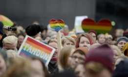 Finlandia ratifica el matrimonio homosexual
